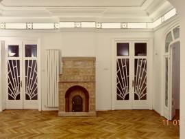 Mitropolie, de închiriat apartament 6 camere 200 mp in villa