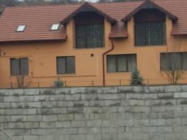 Vila +depozit zona Doja Spital, ctr 2008 , sc 680 . ter 2420
