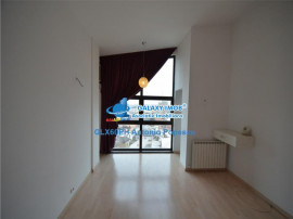 Penthouse 4 camere, in Ploiesti, zona ultracentrala