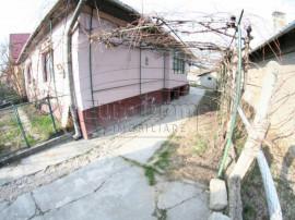 Casa solida in Cristian - Centru Gara