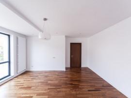 Apartament cu 3 cam ,la gata- zona linistita- 71mp