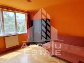 Apartament 4 camere Punctele cardinale etaj intermediar i...