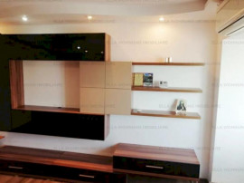 Apartament 3 camere zona I.C.BRATIANU