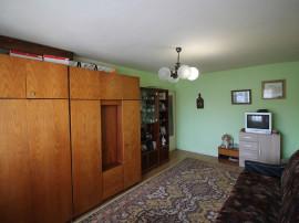 Apartament cu 3 camere - Str. Sovata