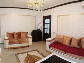 Apartament cu 3 camere in zona Stefan cel Mare