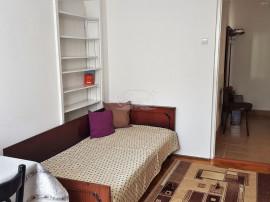 Apartament cu 3 camere in Plopilor, zona Platinia