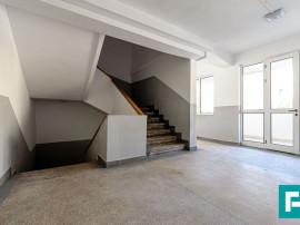 Garsonieră renovată, etaj II