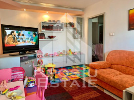 Apartament 3 camere si boxa et intermediar Girocului