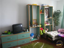 Apartament cu 3 camere mobilat/utilat pe Calea Bucuresti, Br