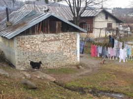 Casa modesta in Campina,cartier Slobozia,teren 700m ,ieftin!