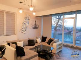 Inchiriez apartament Lux zona centrala!