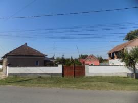 Casa 3 cam, curte, gradina, Loc. Bors