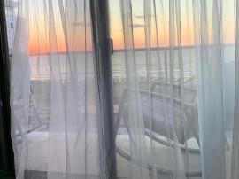 2 cam, 58 m2 util, et4 ,Vedere la mare,30 m de Promenada