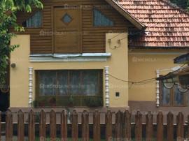 Casa 4 camere, teren 3000 mp , Comuna Leresti