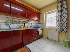 Apartament cu 3 camere în, Micalaca