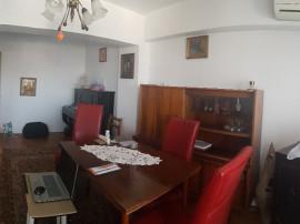Apartament patru decomandate, 95mp, doua balcoane, central