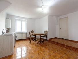 Apartament cu 2 camere în Bujac.