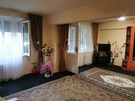 Apartament lux 4 camere Etaj 1 Nufarul