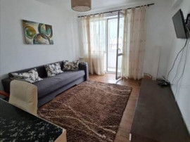 Apartament 2 camere etaj intermediar Centrul Civic,X9KT109BH