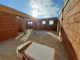 Duplex 4 camere, suprafata 118 mp, zona de case Floresti