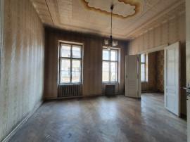 Apartament 3 camere la casa, central spitalul Matern