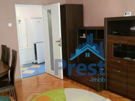 De inchiriat: apartament cu 2 camere, in zona centrala!