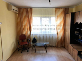 Apartament 2 camere,zona Buzaului,etaj 1,id 13678