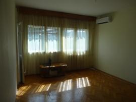 Apartament 2 camere la bloc, spațios, luminos, ultracentral
