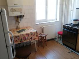 G.Enescu-Apartament 3 camere,et.2,centrala,59000E