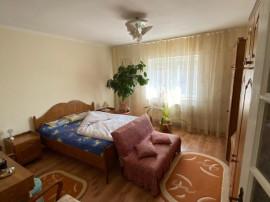 Casa D+P+E, zona Aradul Nou