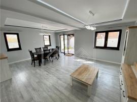 Casa tip duplex in Sibiu - Cristian - predare la alb, curte