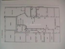 10 camere - zona centrala