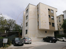 Apartament 3 camere bloc 2019 - Teilor