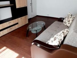 Apartament 3 camere, zona Poarta 6