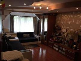 Apartament 3 camere Racadau (intrare), decomandat, mobilat