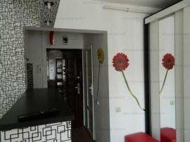 Garsonieră, etaj intermediar - zona Grivitei