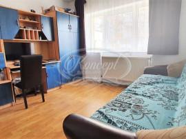 Apartament cu 3 camere decomandate Intre Lacuri