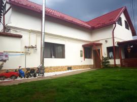 OPORTUNITATE - Casă săsească - zona Halchiu