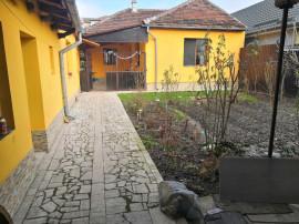 Casa 3 camere zona Decebal Oradea, Bihor teren 410 mp