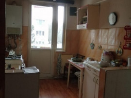 R0854 Apartament 3 camere Micro 4 (fara comision)