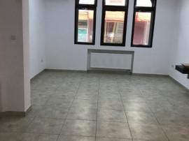 Zona Piata Romana apartament in vila 3 camere