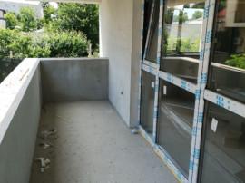 Apartament 4 camere, Brâncoveanu, foarte spațios!