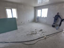 Duplex 4 camere/ finisata la cheie
