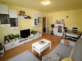Apartament 4 camere în Hunedoara, etaj 2, zona M5-Comtim