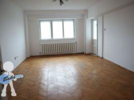 Apartament 3 camere-zona Republicii