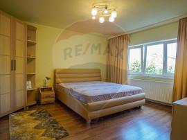 REZERVAT! Ap 3 camere decomandat, recent renovat, pozitie...