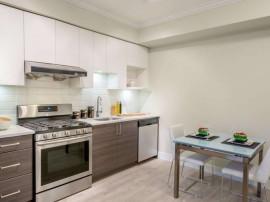 Apartament 3 Camere - 3 Minute fata de Metrou