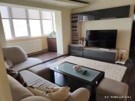 Apartament 3 camere amenajat Micalaca - Zona 500