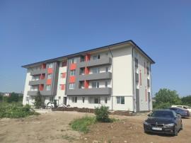 Apartament finalizat, Metrou Berceni, curte proprie