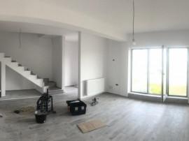 Casa insiruite, cu 4 camere la cel mai mic pret-75000 euro